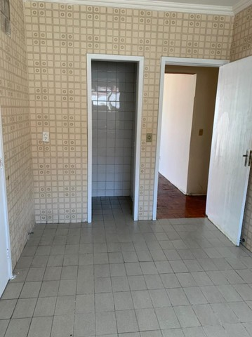 Apartamento para aluguel possui 120 metros quadrados com 3 quartos em Fátima - Fortaleza - - Foto 6