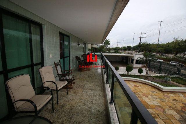 Apartamento com 3 suítes na Orla da ponta negra - Edifício castelli - Foto 2