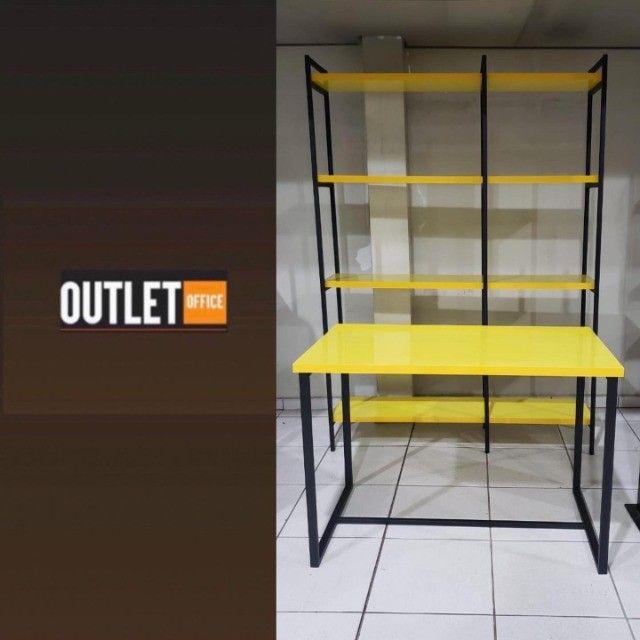 Mesa com prateleira - Foto 2