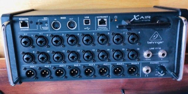 Interface de áudio XAir 18 Behringer