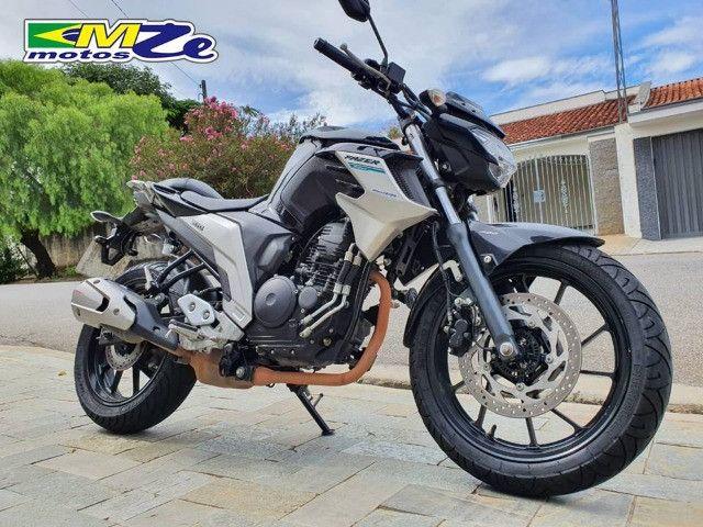 Yamaha FZ 25 Fazer 2020 Preta com 15.000 km - Foto 7