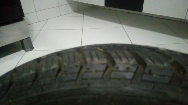 2 pneus seminovos pouco uso - Foto 4