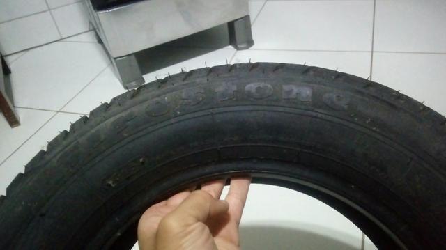 2 pneus seminovos pouco uso - Foto 3