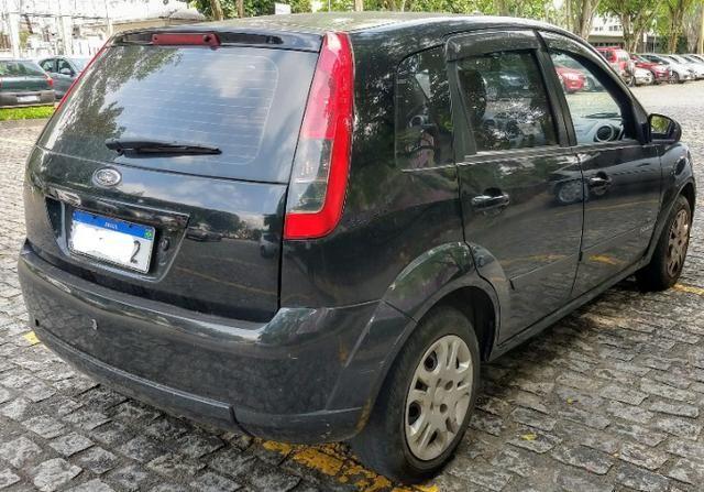 Ford fiesta rocam 2014/14 gnv - Foto 3