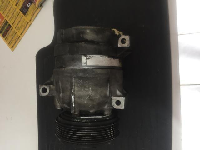 Compressor de ar condicionado Scenic - Foto 2