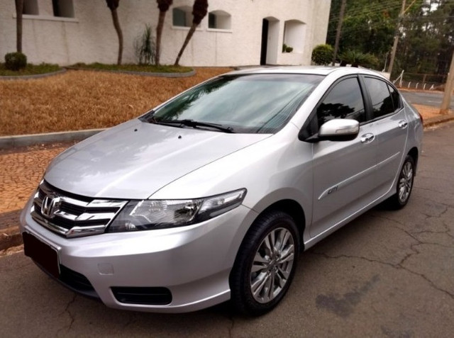 Honda city 1.5 aut 2013