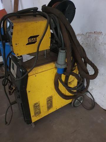 Máquina de solda Mig Esab modelo 318 - Foto 2