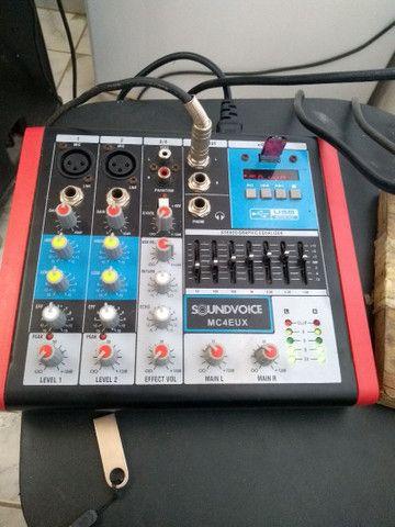 Mesa de som com equalizador semi nova - Foto 2