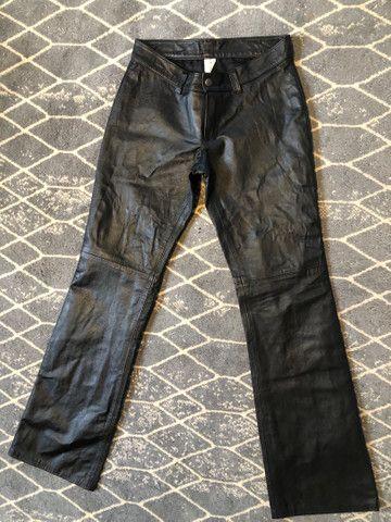 Calça preta couro legítimo, 38