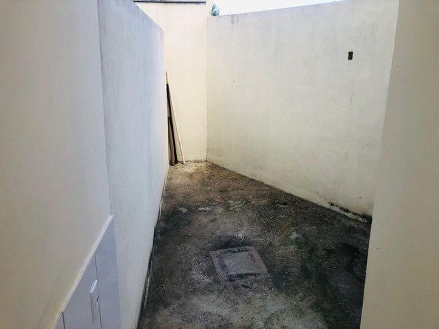 Linda casa com 2 suítes em Santa Mônica - Foto 8
