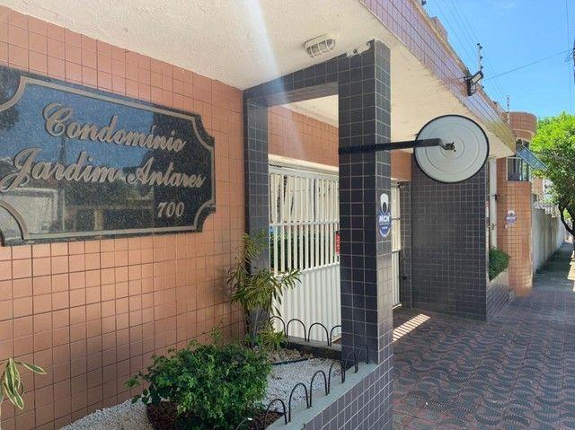 Apartamento para aluguel possui 120 metros quadrados com 3 quartos em Fátima - Fortaleza -