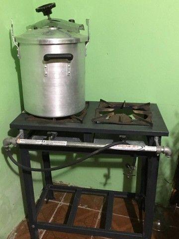 Fogão industrial e Panela de Pressão 30 Litros - Foto 6