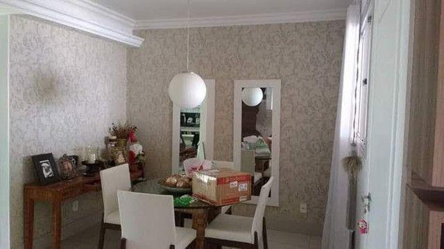 Papel de parede e cortinas e persianas