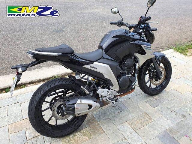 Yamaha FZ 25 Fazer 2020 Preta com 15.000 km - Foto 10