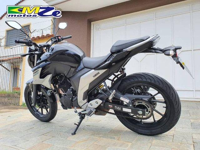 Yamaha FZ 25 Fazer 2020 Preta com 15.000 km - Foto 4
