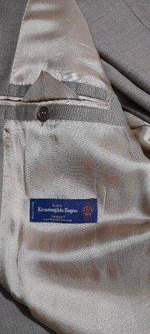 Ermenegildo Zegna comprado na Itália, fone abaixo - Foto 4