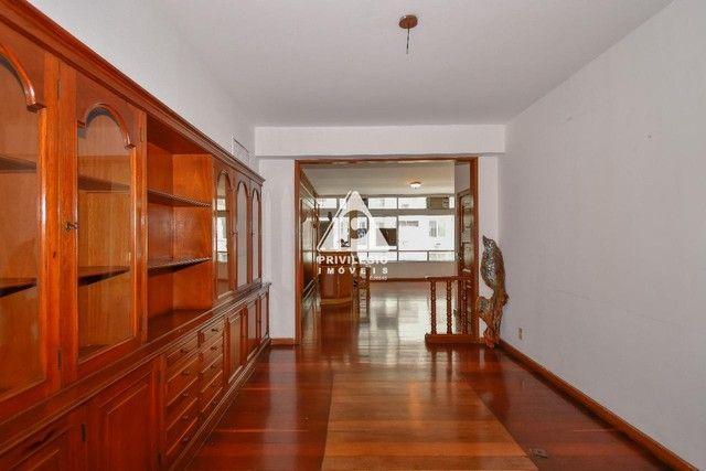 PRIVILÉGIO IMÓVEIS vende : Excelente apartamento na quadra da praia de Copacabana - Foto 7
