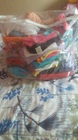 Lotinho de roupas usadas varias peças 230,00