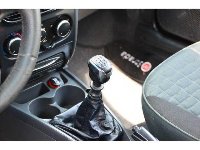 Fiat Strada Adventure 1.8 LOCKER Flex CE - Foto 7