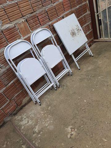 Meza é 4 cadeira