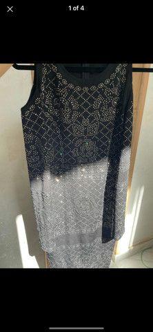 Vestido preto brilhoso - Foto 2