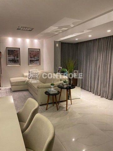 (R.O)Apartamento com 03 dormitórios, 02 vagas no Balneário do Estreito em Florianópolis.