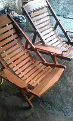 Cadeiras madeiras