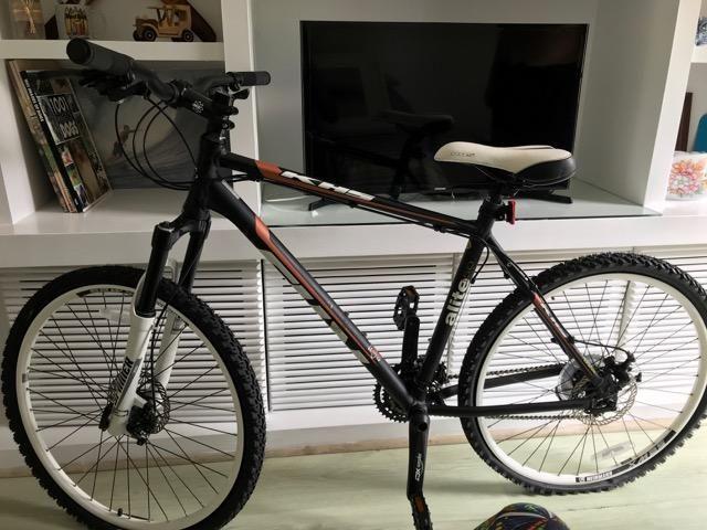 d9d6aa41a Bike Khs Alite 150 - Aro 26 - Quadro 19 - Estado Perfeito