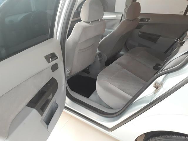 Gm - Chevrolet Vectra 2.0 Sedan Elegance 2006 completo - Foto 2