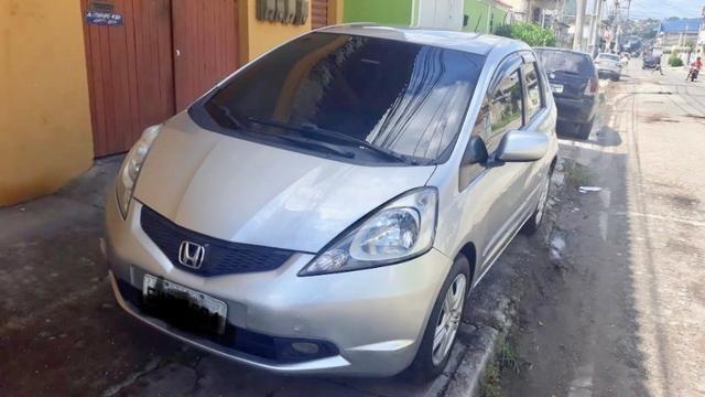 Honda Fit ano 2011 baixa km placa Mercosul