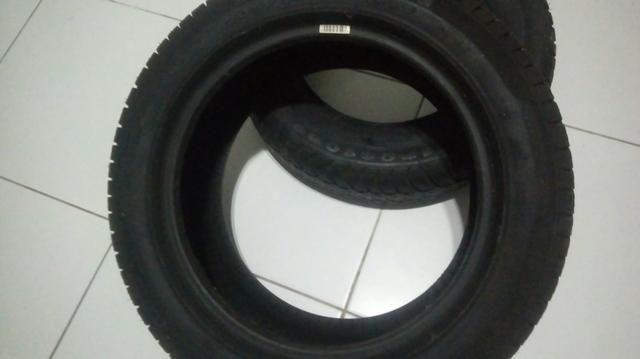 2 pneus seminovos pouco uso