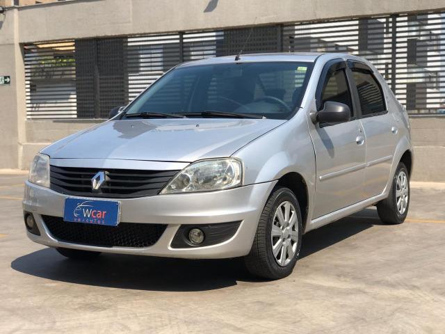 Renault Logan 1.6 Expression 2011