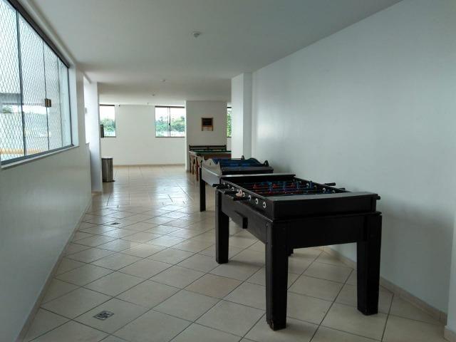 Vendo apartamento com três quartos com dependência no Stiep - Foto 17