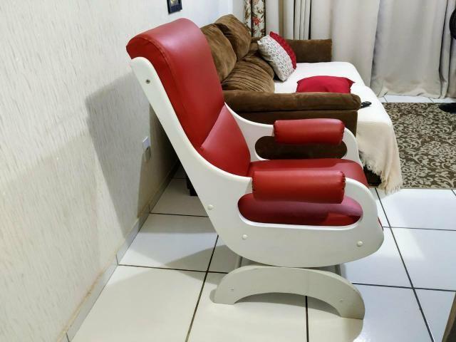 Cadeira de amamentação/descanso em ótimo estado