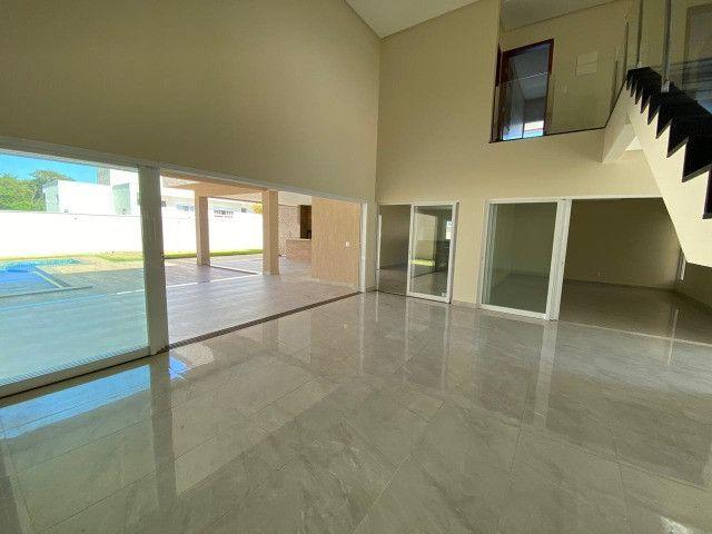 Lindo sobrado de 4 suítes no condomínio Alphaville Goiás - Foto 3