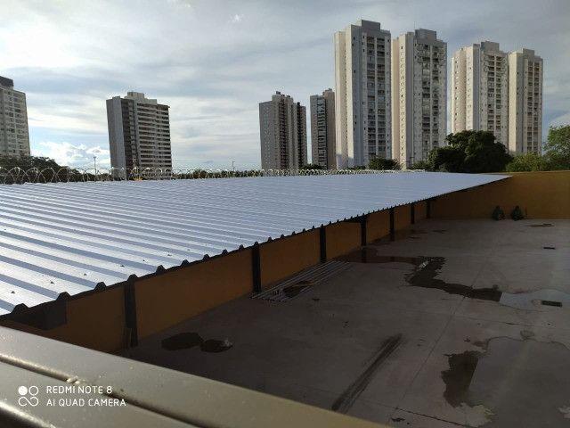 Cobertura metalica acabamento em policarbonato é telhas - Foto 6