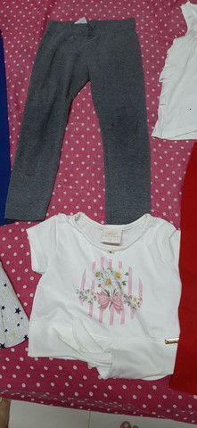 Lote de roupa infantil fem tamanho 2 3 e 4  - Foto 2