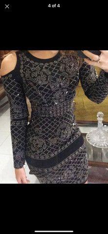 Vestido preto brilhoso