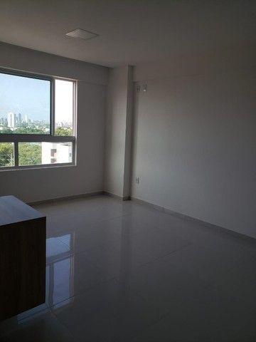 Apart  com 55m² com 2 quartos (1 suíte) em Imbiribeira - com armários - Foto 8