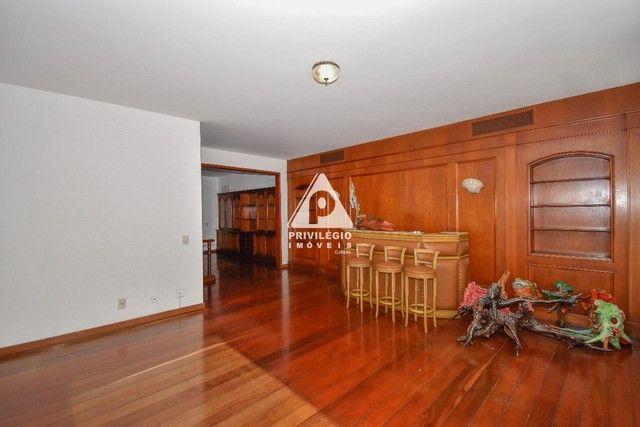 PRIVILÉGIO IMÓVEIS vende : Excelente apartamento na quadra da praia de Copacabana - Foto 4