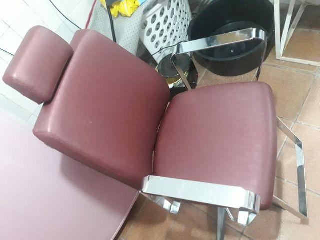 Cadeira nova pouco tempo de uso - Foto 5