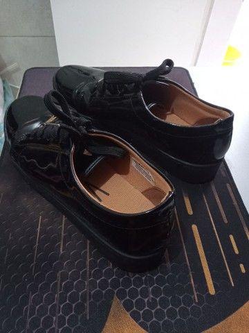 Sapato feminino fechado vizzano, preto brilhoso, 39 - Foto 3