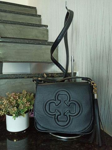 Vendo bolsas femininas por apenas r$ 149 vários modelos várias marcas - Foto 4