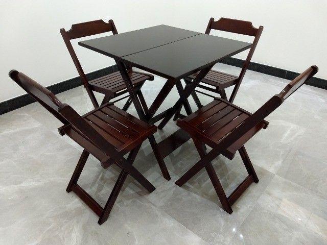 Jogo de Mesa 70x70 com 4 cadeira - Foto 2