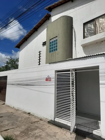 Casa Aluguel R$850 (2 andares) - Foto 2