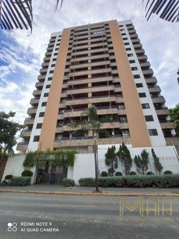Apartamento com 4 quartos no Edifício Giardino Di Roma - Bairro Goiabeiras em Cuiabá