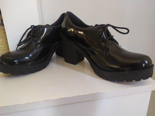 Sapato Feminino n 37 com Salto Alto - Foto 3
