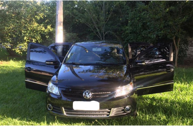 Volkswagen Voyage Comfortline 1.6 (Flex) / 2011 / Parcelado  - Foto 2