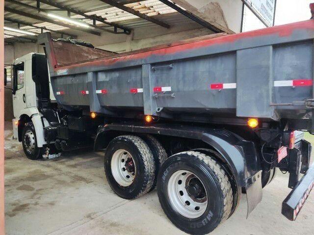Caminhão caçamba 24250 - Foto 2