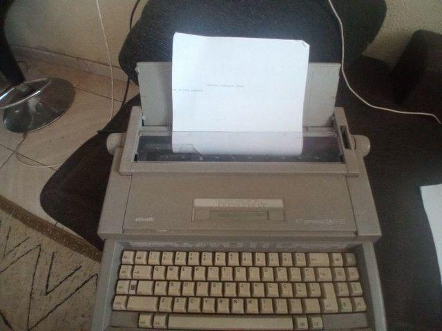 Maquina de datilografia  - Foto 5